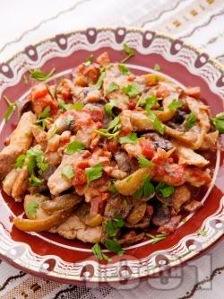Пърженo пилешко бяло месо със зеленчуци на тиган - снимка на рецептата